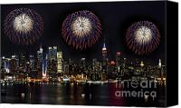 Independence Day Canvas Prints - New York City Celebrates the 4th Canvas Print by Susan Candelario