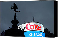 Raining Canvas Prints - Piccadilly Circus  Canvas Print by Stefan Kuhn