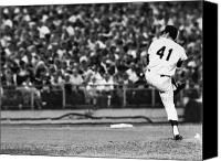 Shea Stadium Canvas Prints - Tom Seaver (1944- ) Canvas Print by Granger
