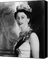 British Royalty Canvas Prints - British Royalty. Queen Elizabeth Ii Canvas Print by Everett