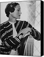 British Royalty Canvas Prints - Duchess Of Windsor Wallis Simpson Canvas Print by Everett