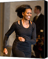 Michelle Obama Photo Canvas Prints - Michelle Obama At A Public Appearance Canvas Print by Everett