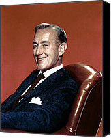 1950s Portraits Canvas Prints - Alec Guinness, 1950s Canvas Print by Everett