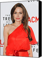 Jolie Canvas Prints - Angelina Jolie Wearing A Jenny Packham Canvas Print by Everett