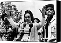Anti-war Canvas Prints - Coretta Scott King At Anti Vietnam War Canvas Print by Everett