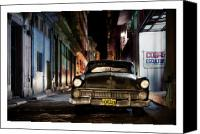 Photographs Digital Art Canvas Prints - Cuba 19 Canvas Print by Marco Hietberg