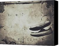 Jerry Cordeiro Prints Canvas Prints - Foster The Kicks Canvas Print by Jerry Cordeiro