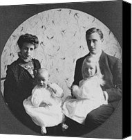 First Family Canvas Prints - Franklin D. Roosevelt And Young Wife Canvas Print by Everett