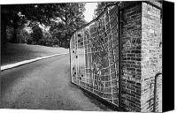 Elvis Canvas Prints - Gate And Driveway Of Graceland Elvis Presleys Mansion Home In Memphis Tennessee Usa Canvas Print by Joe Fox