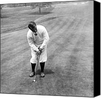 Sports Photo Canvas Prints - Gene Sarazen playing golf Canvas Print by International  Images