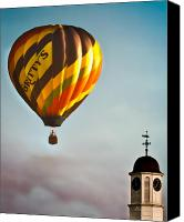 Hot Air Canvas Prints - Gritty McDuffs Hot Air Balloon Canvas Print by Bob Orsillo