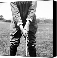 Sports Photo Canvas Prints - Harry Vardon displays his overlap grip Canvas Print by International  Images