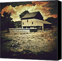 Mobilephotography Canvas Prints - Homestead Barn Canvas Print by David Ruser
