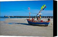 Huahin Canvas Prints - Hua Hin Fish Pier Canvas Print by Chayathon Wonganuchitmetha