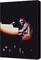 Hairstyle Canvas Prints - Isaac Hayes Performs In Chicago Canvas Print by Everett