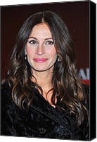 Wavy Hair Canvas Prints - Julia Roberts At Arrivals For Glamour Canvas Print by Everett