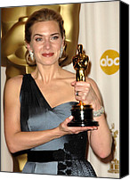 Academy Awards Oscars Canvas Prints - Kate Winslet Wearing An Yves Saint Canvas Print by Everett