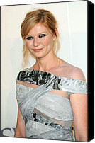 Updo Canvas Prints - Kirsten Dunst At Arrivals For The 2009 Canvas Print by Everett