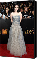 Kristen Stewart Canvas Prints - Kristen Stewart Wearing An Oscar De La Canvas Print by Everett