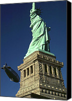 Photo-realism Photo Canvas Prints - Liberty Surprise - New York Canvas Print by Peter Art Prints Posters Gallery
