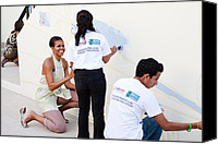 Michelle-obama Canvas Prints - Michelle Obama Helps Paint A Mural Canvas Print by Everett
