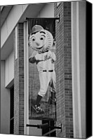 Ballpark Digital Art Canvas Prints - MR MET in BLACK AND WHITE Canvas Print by Rob Hans