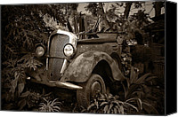 Transportation Glass Special Promotions - Old Mercedes Canvas Print by Tom Bell