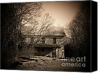 Old Houses Canvas Prints - Old Mountain House Canvas Print by Joyce L Kimble