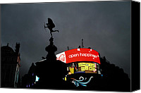 Raining Canvas Prints - Piccadilly Circus London  Canvas Print by Stefan Kuhn