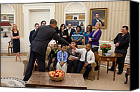 Democrats Canvas Prints - President Barack Obama Greets Students Canvas Print by Everett