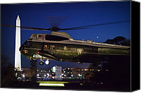 D.c. Canvas Prints - President Obama Reading As Marine One Canvas Print by Everett
