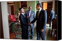 Bswh052011 Canvas Prints - President Obama Talks With Commerce Canvas Print by Everett