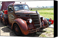 Old Trucks Canvas Prints - Rusty Old 1935 International Truck . 7D15498 Canvas Print by Wingsdomain Art and Photography