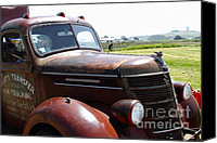 Old Trucks Canvas Prints - Rusty Old 1935 International Truck . 7D15509 Canvas Print by Wingsdomain Art and Photography