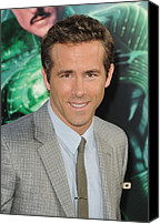 Gray Suit Canvas Prints - Ryan Reynolds At Arrivals For Green Canvas Print by Everett