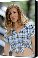 Wavy Hair Canvas Prints - Sarah Jessica Parker On Location Canvas Print by Everett
