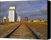 Saskatchewan Canvas Prints - Saskatchewan Prairies Canvas Print by Tony Beck
