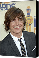 Mtv Canvas Prints - Zac Efron At Arrivals For 2009 Mtv Canvas Print by Everett