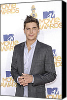 Mtv Canvas Prints - Zac Efron At Arrivals For 2010 Mtv Canvas Print by Everett