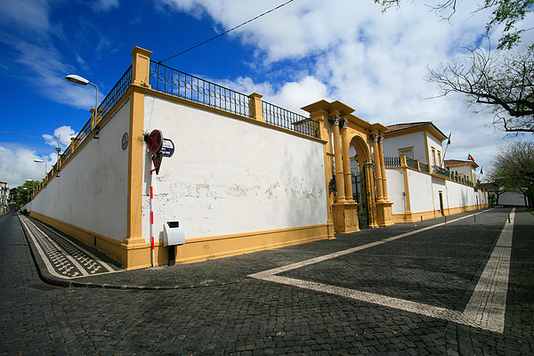 Fonte Bela Palace - Azores Print by Gaspar Avila
