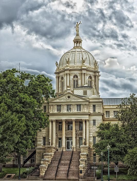 Mclennan County Courthouse - Waco Texas by Mountain Dreams