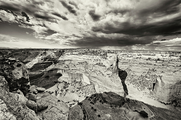Canyon De Chelly  Print by George Oze
