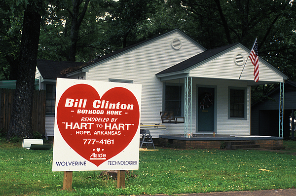 Childhood Home Of Bill Clinton Print by Carl Purcell