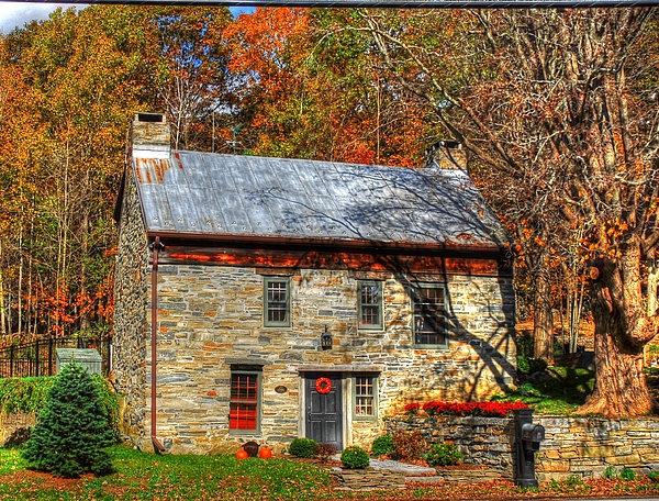 Linda Covino - Circa 1776 stone house