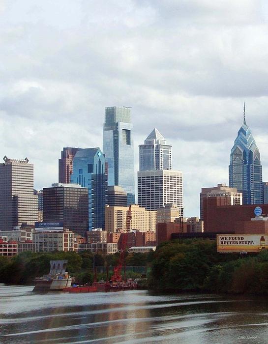 City Of Philadelphia Print by Linda Sannuti