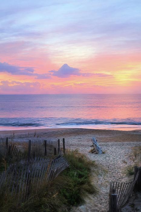 Lori Deiter - Colorful Coastal Sunrise