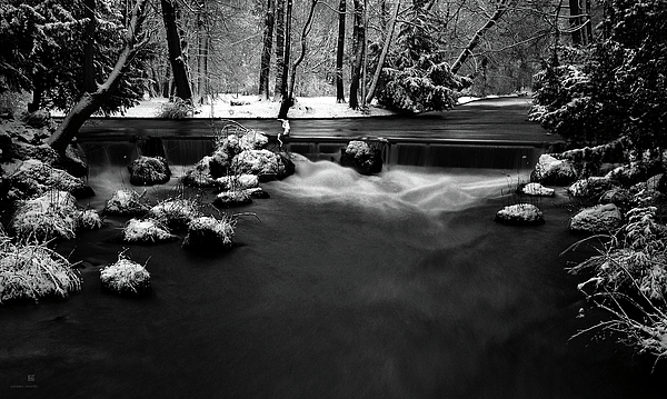 Eisbach In The Winter Print by Hannes Cmarits