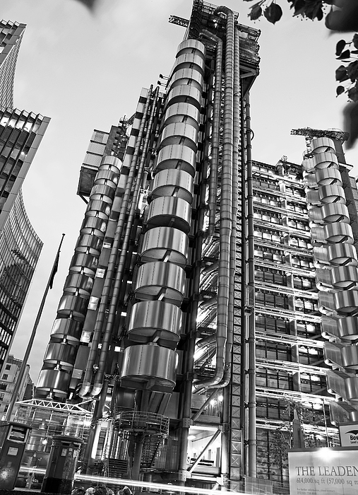 Finance The Lloyds Building In The City Print by Chris Smith