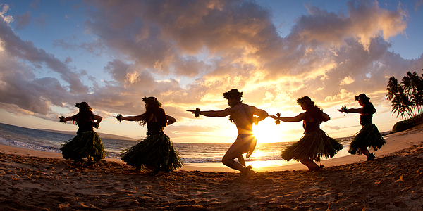 Five Hula Dancers On The Beach Print by David Olsen