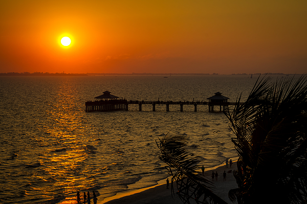 Fort myers beach fishing pier at sunset by ron pate for Fort myers beach fishing pier